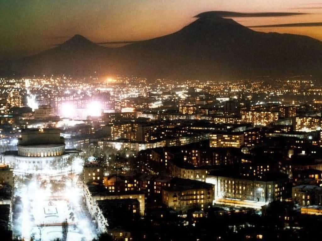 yerevan_night.jpg